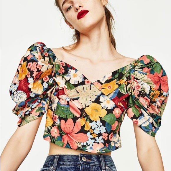 1e06d877810a Zara cropped floral puff sleeve top NWOT. M_5a3d31846bf5a6f6b301ee63